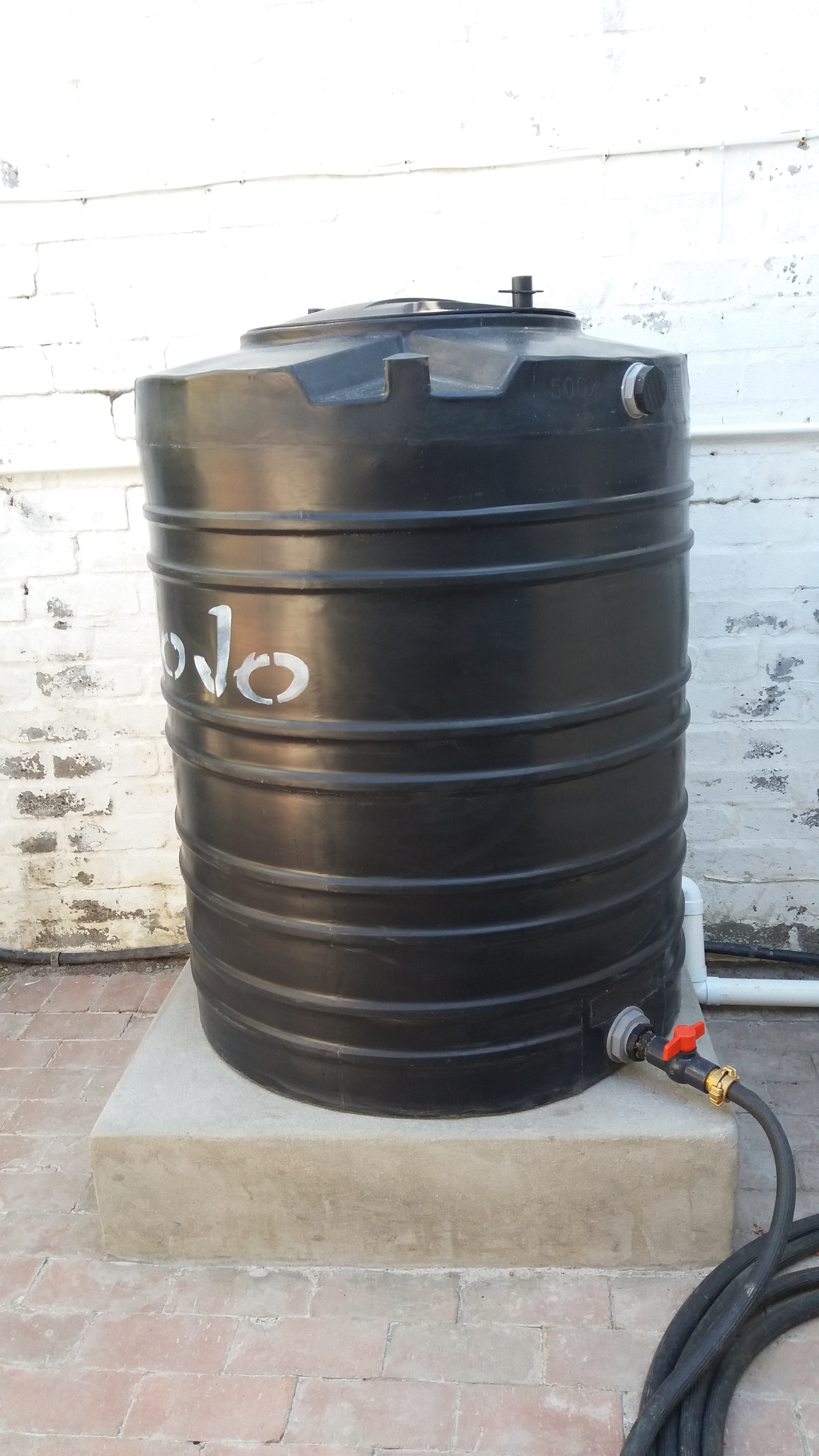 Pool backwash tank Albert